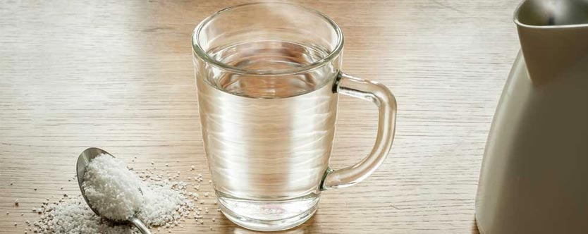 5 Health Benefits of Drinking Warm Water
