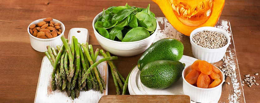 7 Ways Spinach Helps Manage Diabetes And BP