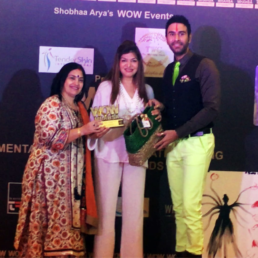 WOW Mhahsa Award for Anjali Mukerjee in Diet & Nutrition category