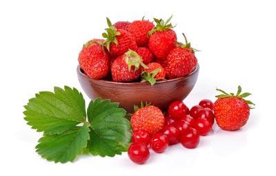 Eating strawberries provides glowing skin