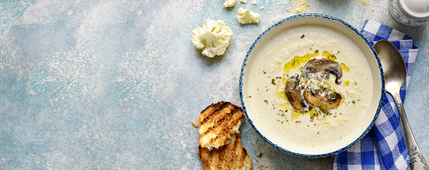 Cauliflower-soup-with-mushrooms-featured-image
