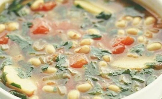 vegetable-soup-with-french-beans